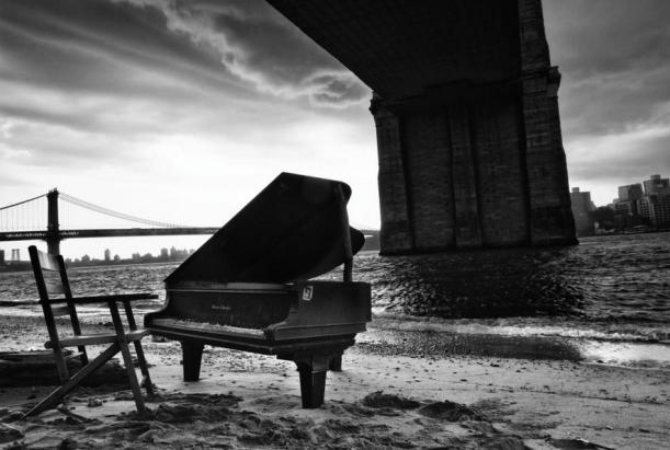 Mystery piano under the Brooklyn Bridge, June 2014. Photo by Richard Corman: http://www.richardcorman.com/