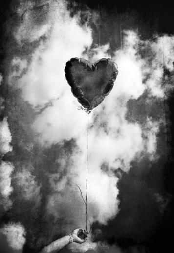 balloonheartbw