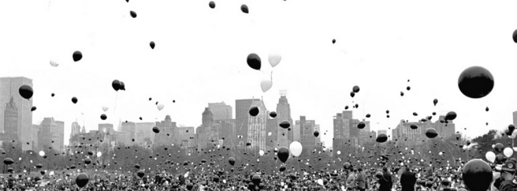 balloons over NYC